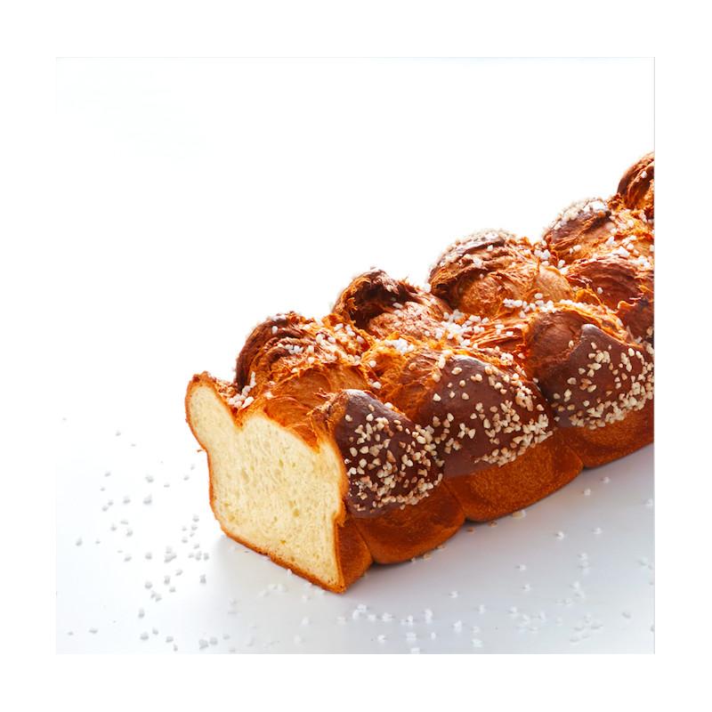 brioche-tressee-au-sucre-yann-couvreur